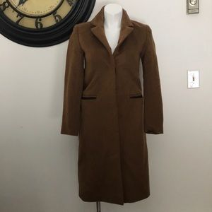 VEDA WOMANS WOOL AND LEATHER COAT